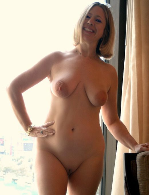 Sexy naked wife pics