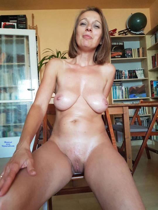 Naked Mature Milf Pics